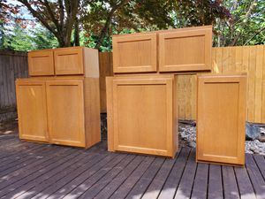 Kitchen, wall cabinets. for Sale in Lynnwood, WA