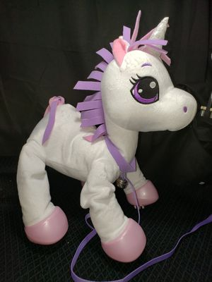 Peppy pet unicorn bouncy toy ages 3+ for Sale in Zanesville, OH