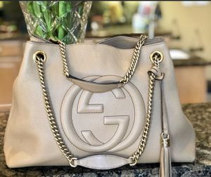 Authentic Gucci Soho handbag for Sale in Pembroke Pines, FL