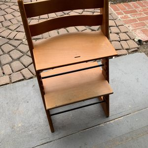 European Booster Chair for Sale in Los Angeles, CA