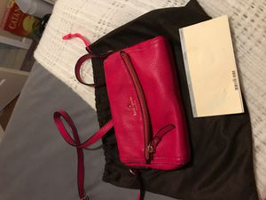 Hot Pink Kate Spade crossbody bag for Sale in Rochester Hills, MI