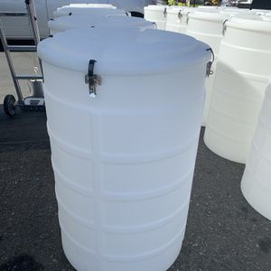 White Storage Containers for Sale in Hawthorne, CA