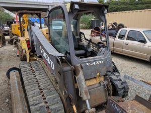 Volvo mct 125 skidsteer bobcat caterpillar for Sale in San Clemente, CA