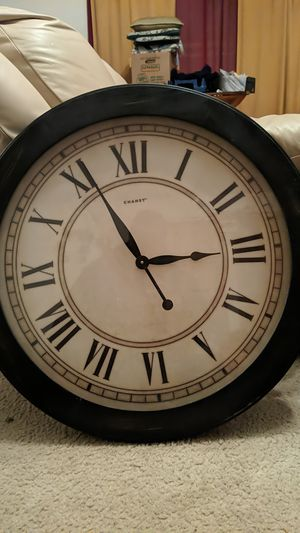 Chaney 24' clock for Sale in Monona, WI