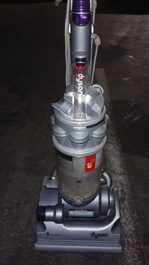 Dyson vacuum works great my loss your gain *cheap letgo* 50$ or best offer for Sale in Santa Ana, CA