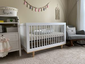 Baby Crib for Sale in Meadowbrook, PA