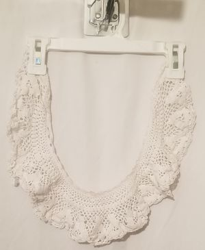 """Vintage ladies neck collar crocheted 4"""" wide for Sale in Three Rivers, MI"""
