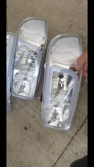 GMC Yukon or Sierra headlights for Sale in Pomona, CA