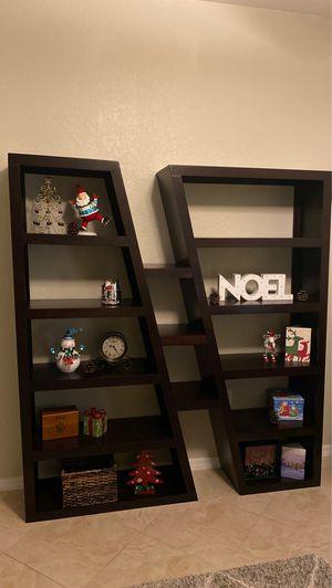 Bookcase/Shelf for Sale in Boynton Beach, FL