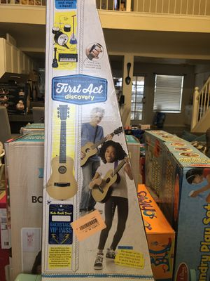 First Act Discovery Natural Acoustic Guitar for Sale in El Paso, TX