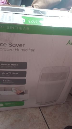 Aircare evaporative humidifier for Sale in Fort Worth, TX