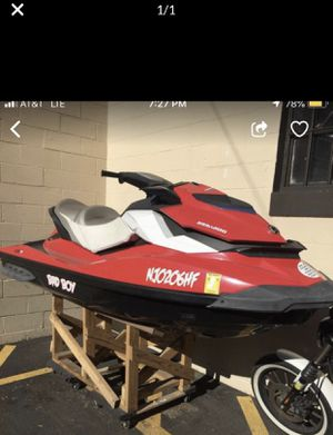 Jet ski sea doo 130cc with 39 hours for Sale in Newark, NJ