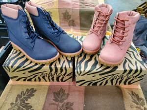 Anna Girls Boots ~New~ sz 9-4 for Sale in Marengo, IL