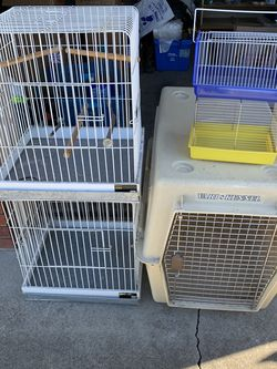 Bird Cages And Dog Crate for Sale in Hayward,  CA