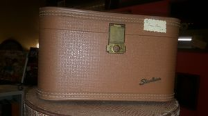 Antique train case with mirror good condition for Sale in Olympia, WA