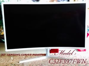 """Samsung 32"""" Curved LED-Backlit LCD monitor Full HD 1080p for Sale in Arlington, TX"""