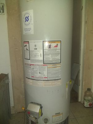 """The Professional's Source Ferguson"" Water Heater - Brand New for Sale in Tulare, CA"