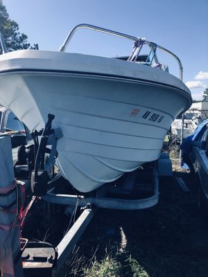 1975 chaparral boat and trailer for Sale in Chesapeake, VA