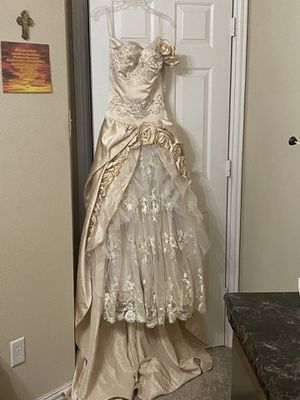 quinceanera dress size 8 for Sale in Mansfield, TX