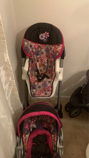 Car seat with base stroller set, high chair with trays for Sale in Raleigh, NC