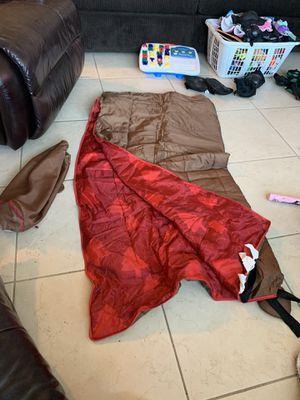 Saco de dormir para excursion en el campo for Sale in Pembroke Pines, FL