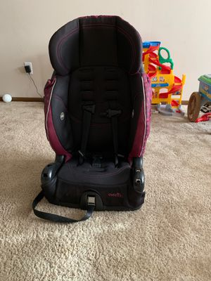 """Girl car seat """"booster"""" for Sale in Smyrna, TN"""