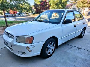 2001 Hyundai accent for Sale in Fresno, CA