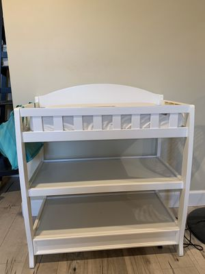 Delta Baby Changing Table with Pad and Cover - Excellent Condition for Sale in Midway City, CA