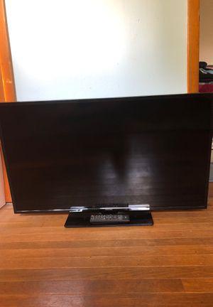 "Toshiba 39"" 1080p 60hz TV for Sale in Zanesville, OH"