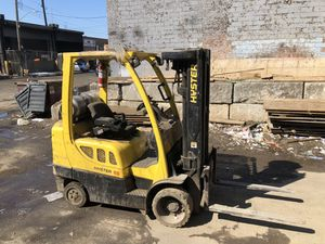 Hyster 6000lb capacity Forklift for Sale in Brooklyn, NY