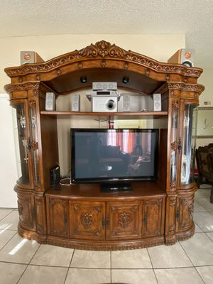 Tv Stand 100% Wood for Sale in Houston, TX