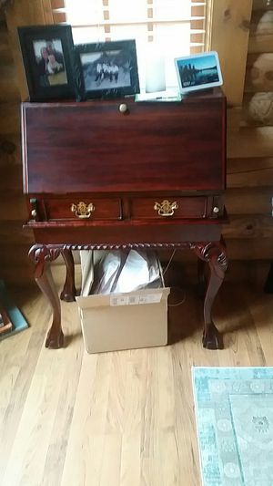 Drop leaf desk for Sale in Prospect, VA