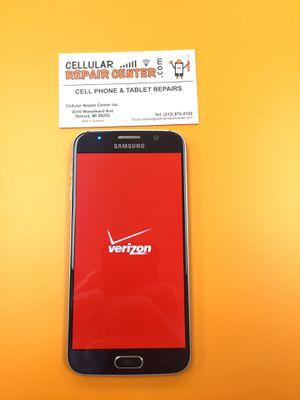 Samsung galaxy S6 Verizon in mint condition for Sale in Detroit, MI