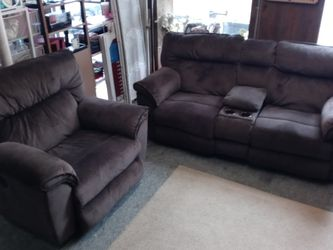 Loveseat & Oversized Recliner (All 3 Seats have Electric Recliners) for Sale in Woonsocket,  RI