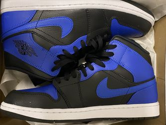 """size 10 air jordan 1 mid """"hyper royal"""" for Sale in West Islip,  NY"""