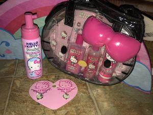 New Hello Kitty Bath Set and Necklaces for Sale in La Vergne, TN