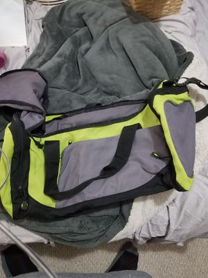 Duffle bag for Sale in Cuyahoga Falls, OH