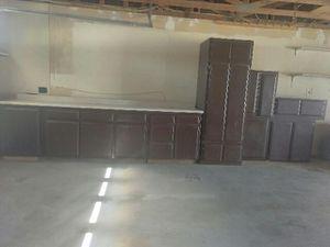 Kitchen cabinets with granite for Sale in Hesperia, CA