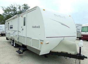 07 Trailer White Camper for Sale in Spokane, WA