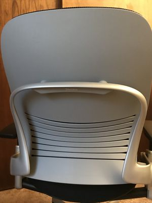 (Serious Inquiries Only) Steel Case Leap Office Chair for Sale in Columbus, OH