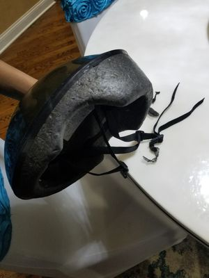 Adult bike helmet for Sale in Naperville, IL