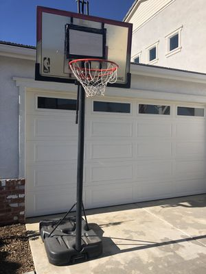 Spalding NBA 7-9' Portable basketball hoop for Sale in Menifee, CA