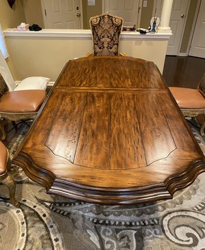 Beautiful Rustic Wood Dining Room Custom Table with newly upholstered Chairs for Sale in Manalapan Township, NJ