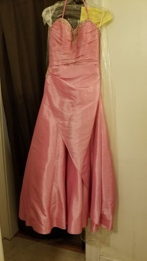 Prom dress/ quinceanera dress for Sale in Woonsocket, RI