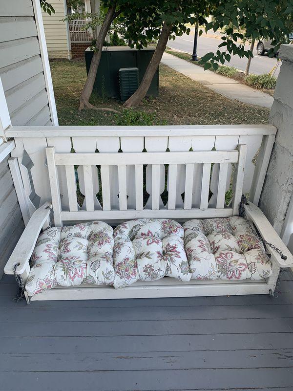 Outdoor Loving Porch Swing