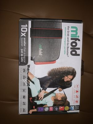 mifold - the Grab-and-Go Booster seat for Sale in Oakley, CA