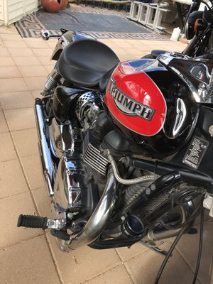 2007 Triumph America motorcycle for Sale in Peoria, AZ