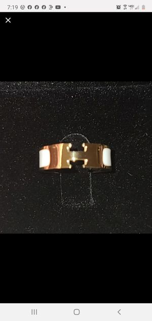 Authentic Hermès Gold Ring for Sale in Lexington, NC