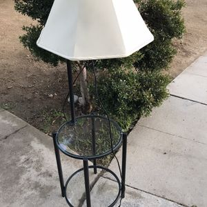 !! Glass Table Lamp for Sale in San Fernando, CA