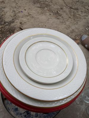 Restaurant plates for Sale in Lake Charles, LA